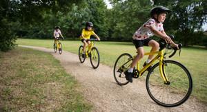 Préparez votre enfant pour une course cycliste